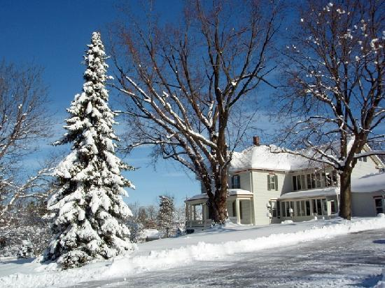 The Inn at Antietam: Rare, but beautiful, snow at the Inn
