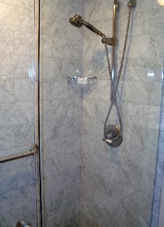 Union League Club : Shower