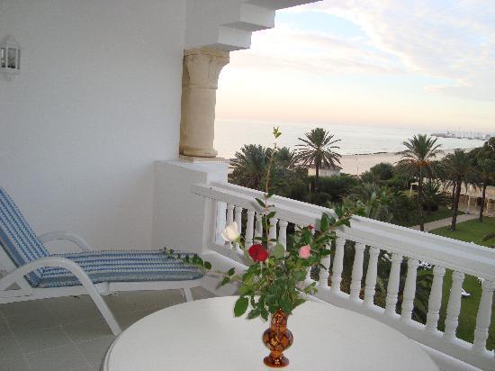Hotel Palace Oceana Hammamet: Notre terrasse - Chambre 318 - Vue Mer & Piscine - Somptueux !