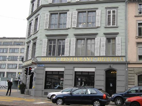 Boutique Hotel Helvetia: Hotel helvetia sits on the Sihl riverfront