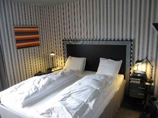 Boutique Hotel Helvetia: comfy bed
