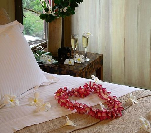 Holualoa Inn: See our website for Romance Packages