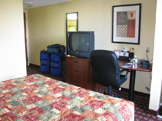 Bedroom Different Angle Picture Of Sleep Inn Suites Ft Lauderdale International Airport
