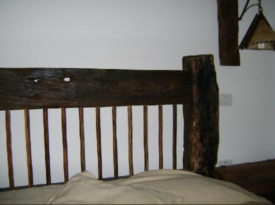 Bosques Del Saman - Alcala: Detalle muebles rusticos