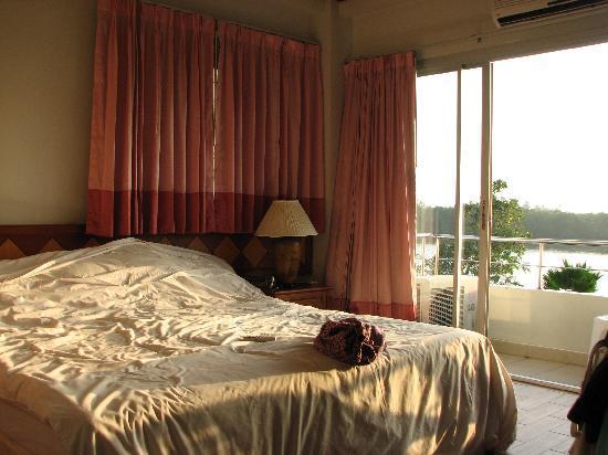 Krabi River Hotel: River view room