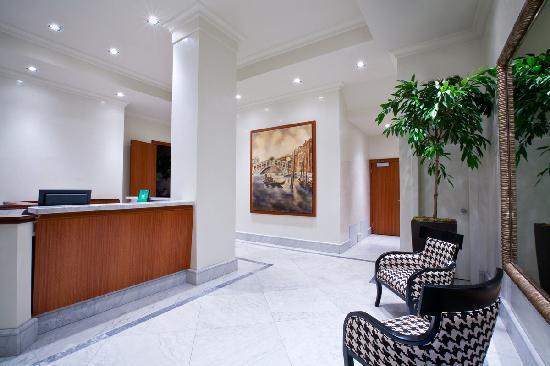Hotel Rialto: Main Lobby