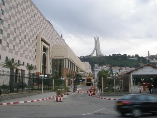 Sofitel Algiers Hamma Garden: Sofitel, Algeria