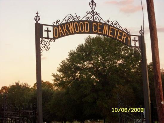 写真Oakwood Cemetery枚