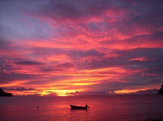 Charlotteville, Tobago : Sundown
