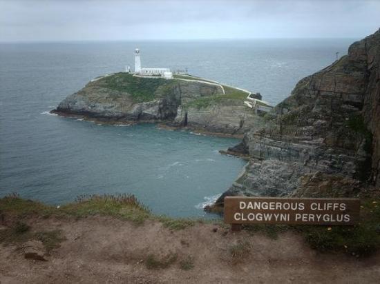 Isla de Anglesey, UK: south tack.