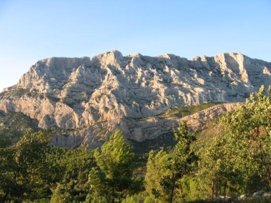 Montagne Sainte Victoire: La plus belle...
