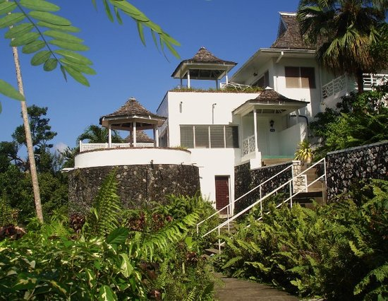 Fern Hill Club Hotel and Villa Resort: We stayed here several days.  Our villa was located high on a hillside.