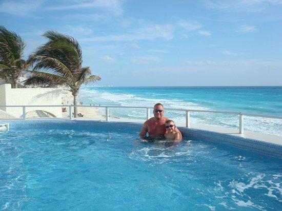 GR Caribe by Solaris: Hot Tub