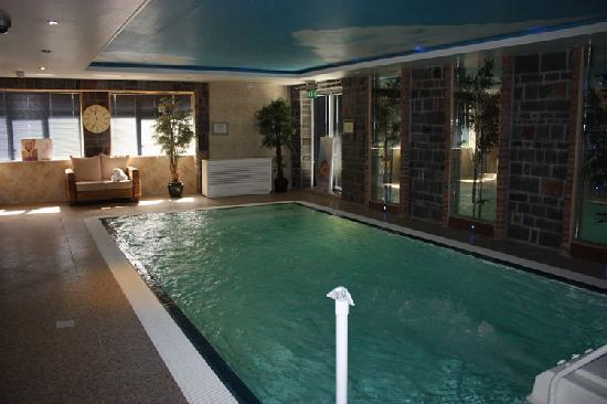 Dublin airport view hotel swimming pool - Hotels with swimming pools in dublin ...