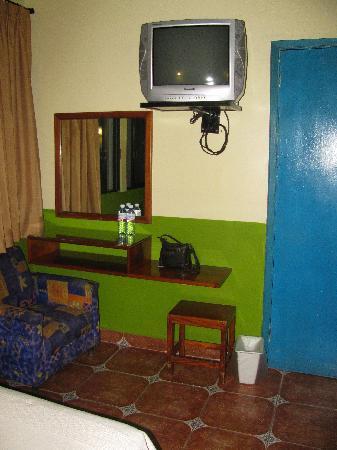 Acayucan, México: Colourful and clean