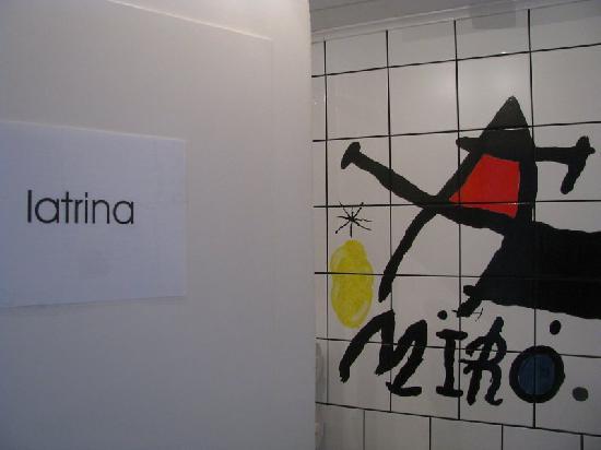 Hotel Tusculum: Latrina
