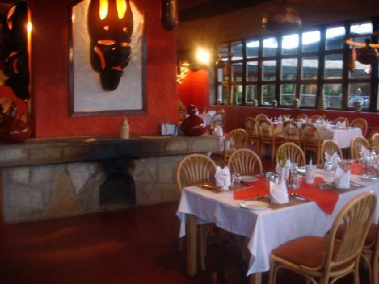 Mountain Gorilla View Lodge: Restaurant