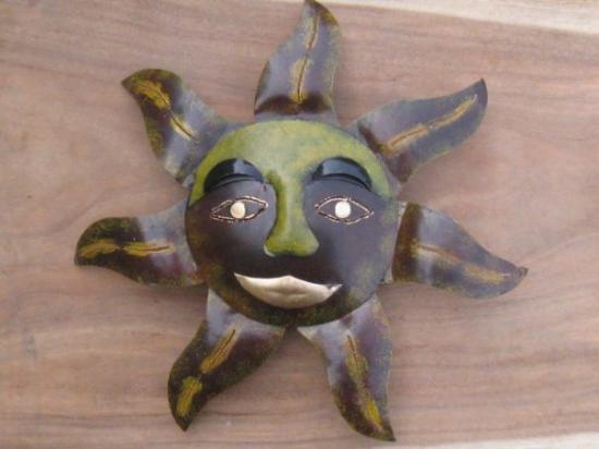 lampe soleil type masque picture of ubud bali tripadvisor. Black Bedroom Furniture Sets. Home Design Ideas