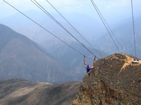 Bucaramanga, Colombia: 500 metros de adrenalina !!!