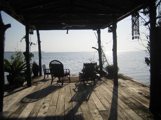 Lanta Pole Houses: Blick vom Deck