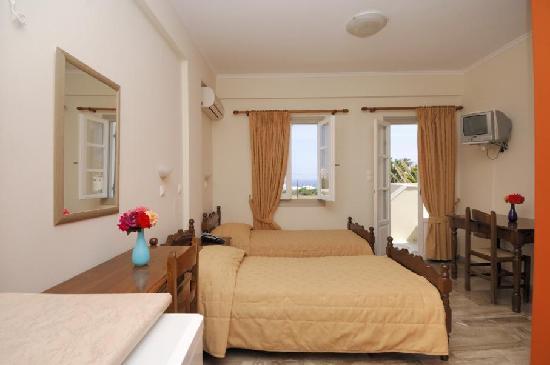 Kallisti Rooms & Apartments