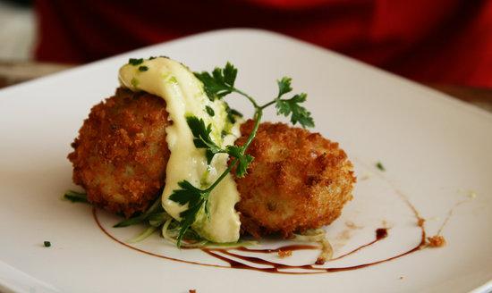 A Noisy Oyster dish - Fish Cakes