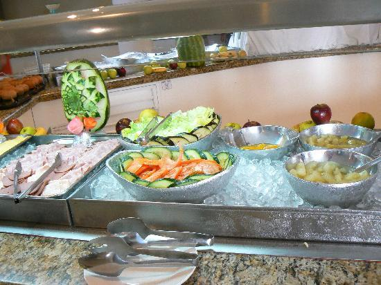 Holiday Inn Cancun Arenas : Buffet matin1