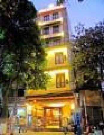 Hanoi Centre 1 Hotel: sinhcafetravel@hotmail.com