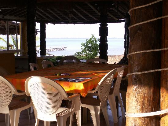 Casa Bonita and Villas: Outdoor dining area