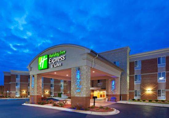 Auburn Hills, MI: Great Location and Service!
