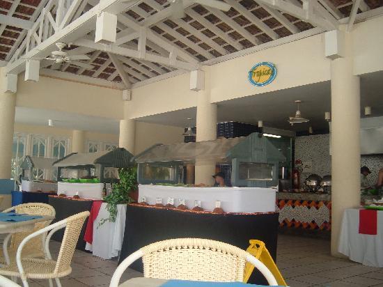 Sauipe Resorts: bar piscina