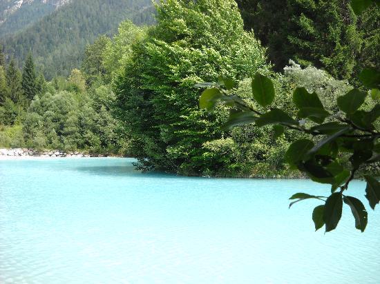Canal San Bovo, إيطاليا: laghetto a 15 km
