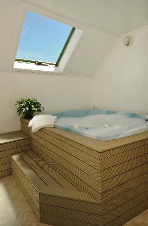Rotorua Coachman Spa Motel: large spa pools
