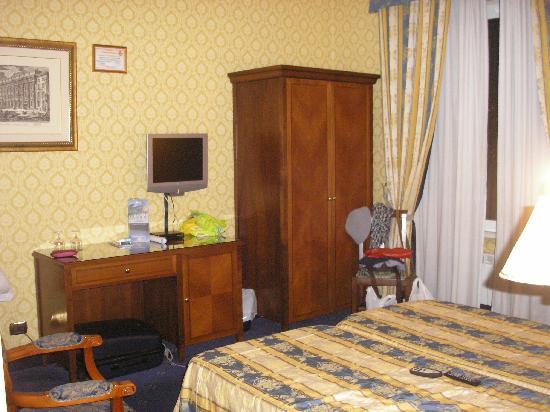 Les Chambres d'Or Hotel: Dormitorio
