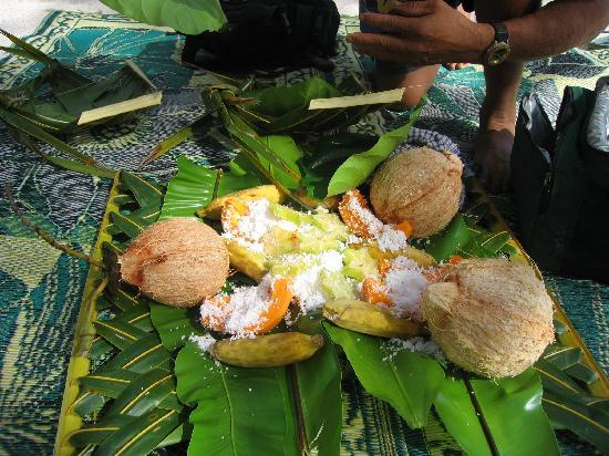 Atiu, Kepulauan Cook: Birdman George's Beach Lunch