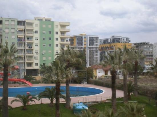 Durres, Albania: drac, staro i novo
