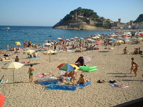 Tossa Beach Hotel : the beach