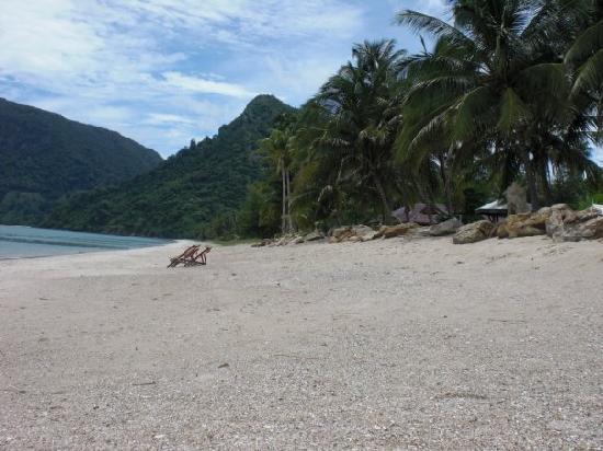 Khanom Hill Resort: Strand in Khanom wie er jeden Tag ausgesehen hat