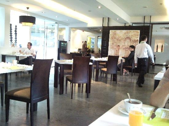 Chaydon Bangkok: Our breakfast dining place.