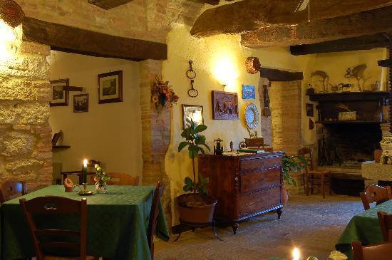 Agriturismo Casale dei Frontini: ristorante - restaurant