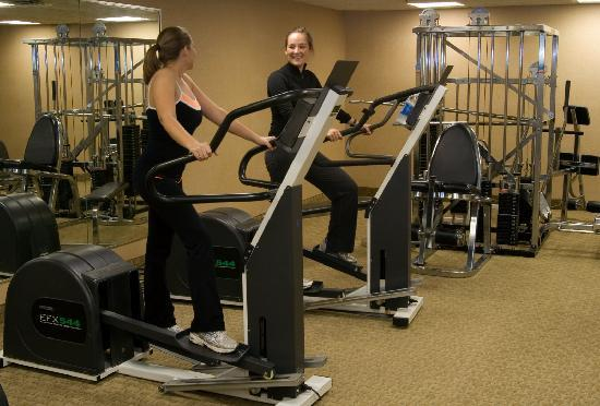 Comfort Inn Livonia: 24-Hour Fitness Facility