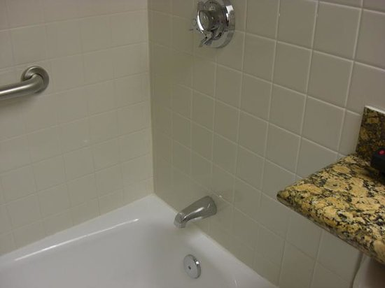 DoubleTree by Hilton Hotel Madison:                   clean, easy to use faucets