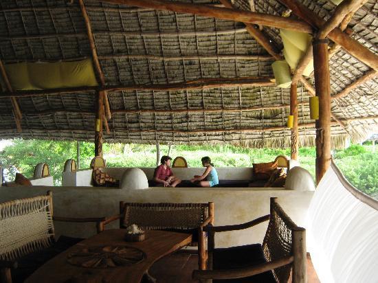 Hakuna Majiwe Beach Lodge: lounge