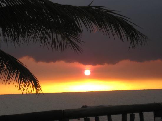 كاست أواي أيلاند فيجي: sunset