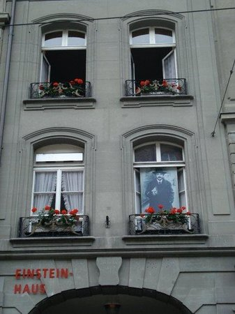 Einstein House (Einsteinhaus): The apartment (the 2nd floor) that Einstein rented from 1902-1905 and where he published his Spe