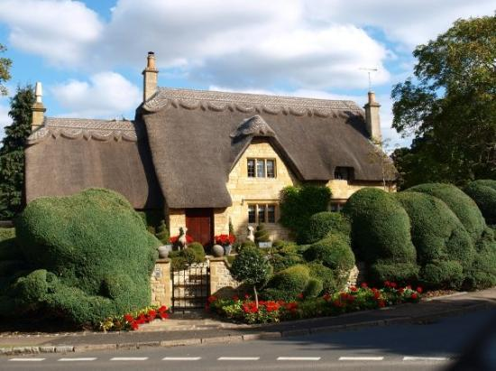 ‪‪Chipping Campden‬, UK: Thatched Roof Cottage, Chipping Campden‬
