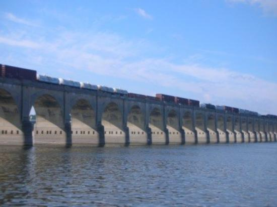 Харрисбург, Пенсильвания: Rail Road bridge