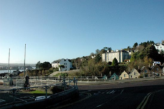 Knockeven House: Cobh