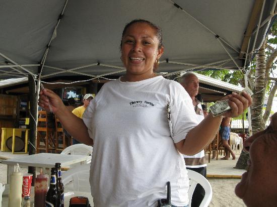 Bananarama Dive & Beach Resort: Karolena our wonderful waitress