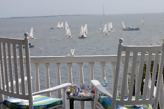 Zero Water Street Bed and Breakfast: A great view of a regatta